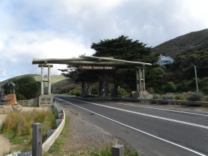 The WWI Memorial Arch - Great Ocean Road